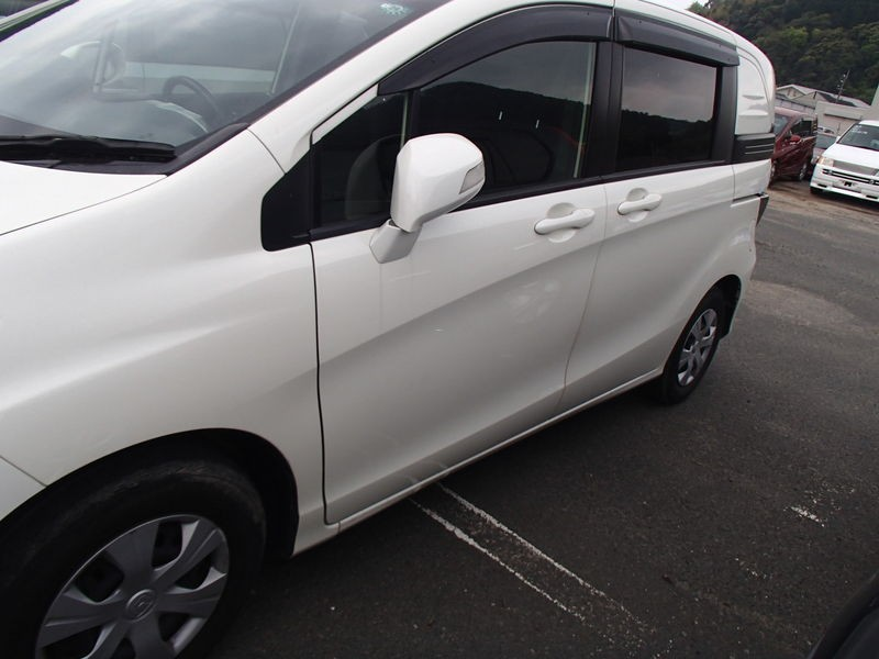 Карточка модели Honda Freed II Компактвэн на Автору